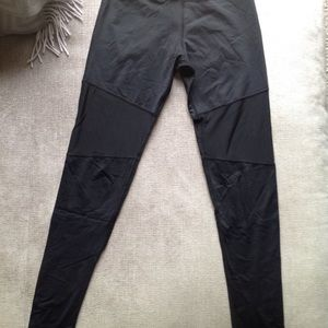 Varley Pants - Varley whitmore mesh cutout leggings XS pants